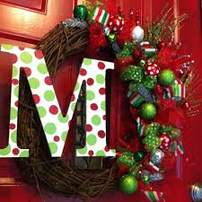 christmas wreath with initial xmaspin
