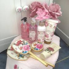 63 perfect shabby chic bathroom ideas that you would love to apply