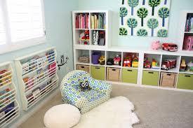 scaffali bambini creare un angolo lettura per bambini in cameretta o in salotto