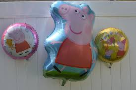 pig balloons ttpm blogs host a peppa pig themed birthday party ttpm blogs