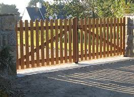 portail pour maison pas cher kit portail bois lapeyre portillon sfrcegetel