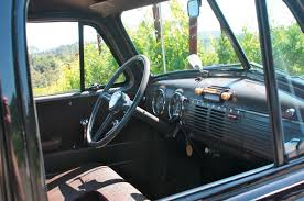 Classic Chevy Custom Trucks - old trucks and tractors in california wine country travel