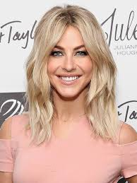 how does julienne hough style her hair julianne hough just got extensions see her long blonde waves