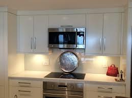 Glass Backsplashes For Kitchens by Kitchen Glass Backsplash Tiles With Silestone Countertops Decor