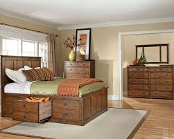 intercon set w 3 drawer storage bed oak park in op br 5850 3set
