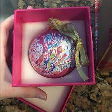 36 lilly pulitzer other 2016 lilly pulitzer ornament from