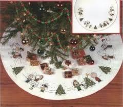 brown christmas tree skirt 39 best christmas tree skirts images on christmas
