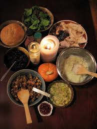 thanksgiving or thanks giving bicultural familia