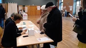 ouverture des bureaux de vote second tour de la primaire ps ouverture des bureaux de vote