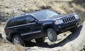 05 jeep laredo 2005 jeep grand limited comparison tests comparisons
