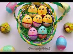 Decorate Easter Eggs Video by Easter Egg Coloring Decorating With Rice Diy Shake It Video