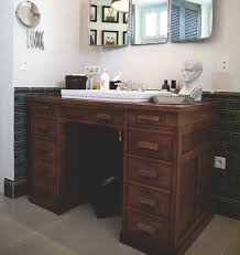 comment faire un bureau customiser un meuble de salle bain repeindre 13 28004302 lzzy co