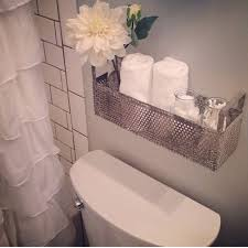Decoration Ideas For Bathroom Best 25 Small Bathroom Decorating Ideas On Pinterest Small