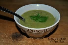 cuisiner les feuilles de chou fleur soupe de feuilles de chou fleur végétarienne à la cagne