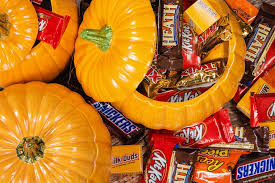 don u0027t be afraid to let your kids gorge on halloween sweets new