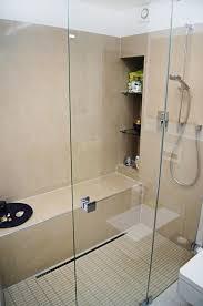 regal fürs badezimmer innenarchitektur kleines kleines furs badezimmer keramik regal