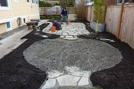 Loose Gravel Patio Fulfill The Needs Of Outdoor Activities With Pea Gravel Patio