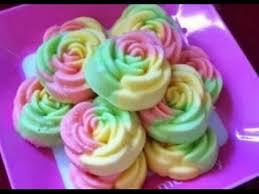 cara membuat bolu kukus empuk dan enak resep membuat bolu kukus mawar santan lembut enak dan empuk youtube