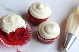 red velvet cupcakes with cream cheese frosting u2014 lolo u0027s desserts