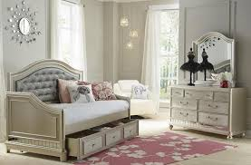 daybed upholstered headboard make for bazzle me