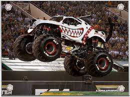 how long does a monster truck show last monster jam uk 2017
