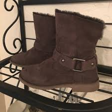 ugg boots sale miami 69 ugg shoes ugg cedric brown boots size 8 from l s closet