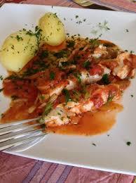 cuisiner le cabillaud filet de cabillaud sur lit de fenouil et tomates recette iterroir