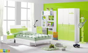 Modern Childrens Bedroom Furniture Modern Toddler Room Green Polka Dots Quilts And Pillowcases Blue