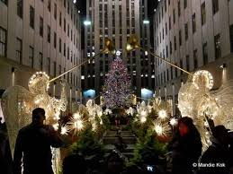 new york city holiday lights tour department store windows markets