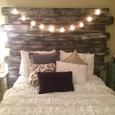 rustic bedroom ideas best 25 rustic bedrooms ideas on rustic bedding