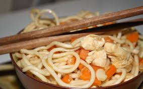 cuisiner des pates chinoises recette pâtes chinoises p3c poulet coco carottes curcuma pas chère