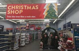 christmas peer pressure