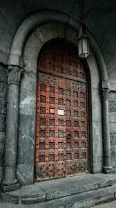 Keyhole Doorway Old Wood Front Door In Barcelona Spain Doors Pinterest