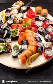 jeu de cuisine sushi cuisine japonaise jeu de sushi photographie ostancoff 140979132
