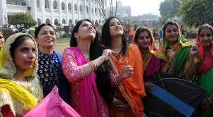 lohri 2016 how lohri is celebrated in amritsar india
