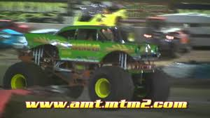 bigfoot monster truck youtube monster truck world finals 3 avenger freestyle youtube