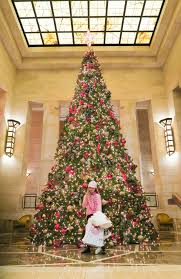 review four seasons hotel new york with kids christmas tree