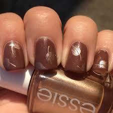 pretty fall leaves nails polish me please