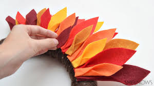 how to make turkey feathers easy thanksgiving turkey wreath for kids deiting weight loss