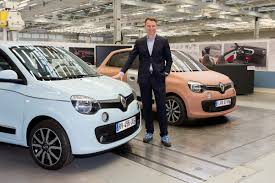 renault twingo 2015 check out what u0027s under the front hood of renault u0027s new rwd twingo