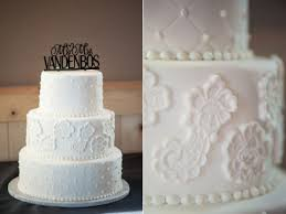 wedding cake icing fantasies in frosting