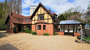 What Is A Tudor Style House Tudor Hideaway In D4 For U20ac3 25m