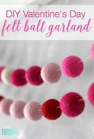how to make a felt garland s day chalkboard