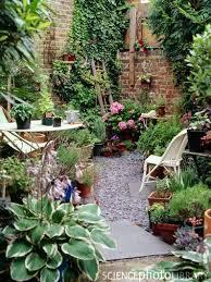 Beautiful Patio Gardens Best 25 Small Patio Gardens Ideas On Pinterest Small Garden