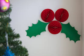 Make Wall Decorations At Home by Giant Holly Christmas Decorations