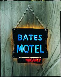 Lighted Halloween Costumes by Bates Motel Light Up Sign Halloween Costumes 4u Decorations