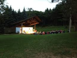 Backyard Outdoor Theater by 24 Best Outdoor Theater Images On Pinterest Outdoor Theatre