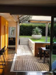 cuisine d été en bois terrasse bois pour accès à la cuisine d été