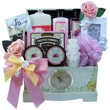 Best Gift Basket The Best Gift Basket Themes For Women