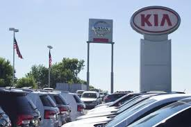 luther automotive 13000 new and pre owned vehicles luther nissan kia inver grove heights mn 55077 car dealership